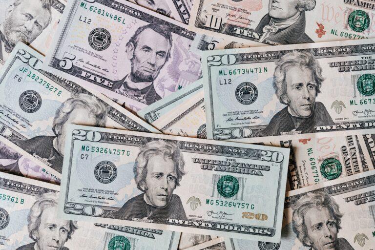 Warum Affirmationen nicht funktionieren und AffOrmationen deine Geldprobleme lösen können